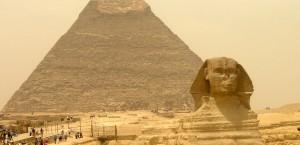 Sphynx und Pyramiden in Ägypten in Ägypten