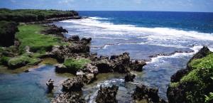 Die zerklüftete Küste Guams in Guam