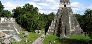 Die Maya-Ruinen von Tikal in Guatemala in Guatemala