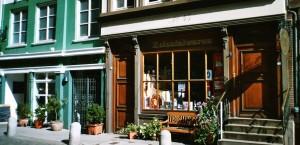 Typischer Kolonialwarenladen in der Altstadt von Hamburg in Hamburg