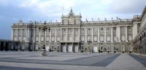 Blick auf den Königspalast von Madrid in Madrid