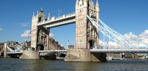 Die Tower Bridge in London in London